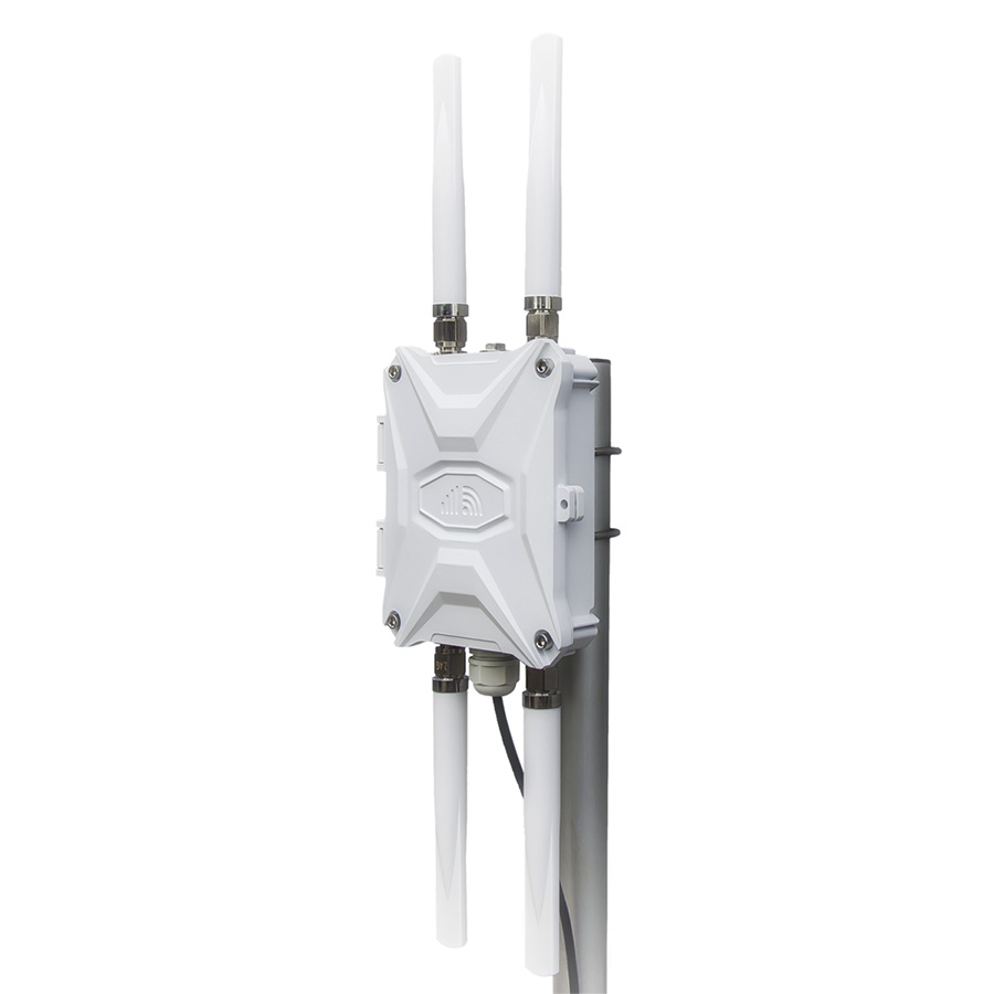 Outdoor 4G LTE Router with External Antenna and Flexible Mounting System